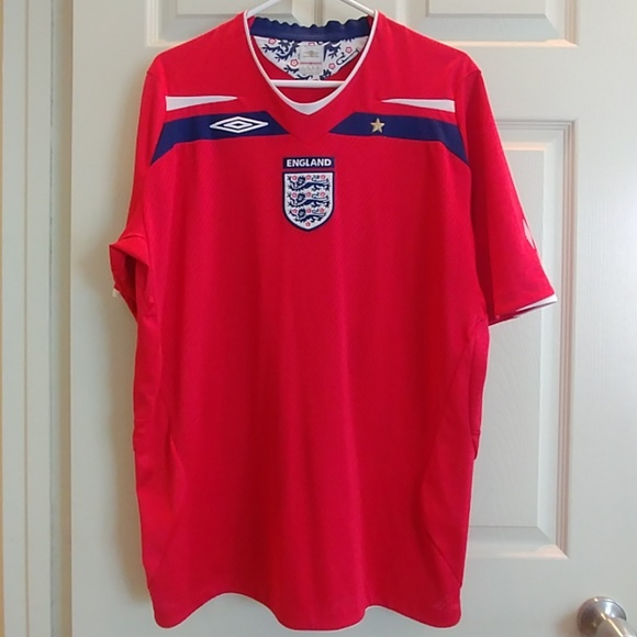 buy online 1dcfd 567a7 Red England national soccer team jersey